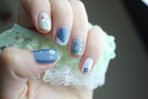 Delicate Cobweb Nails