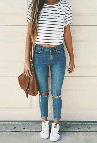 STRIPED SIMPLE CROP TOP