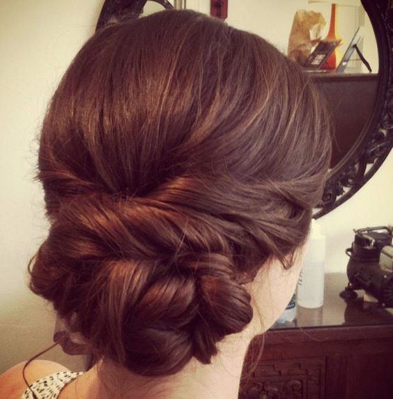 Bouffant Bun Hairstyle With Puff