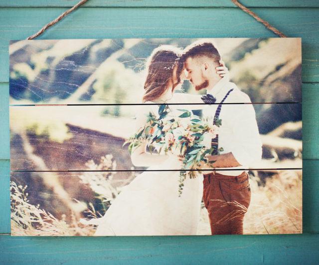 Wooden Photo Pallet