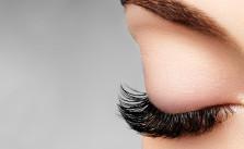 grow eyelashes with vaseline