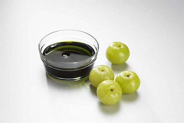 Use Of Gooseberry As Hair Oil